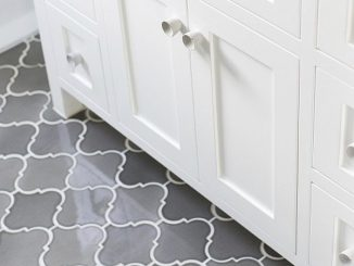 This installation features a contrasting grout to show off the shape of the tile.